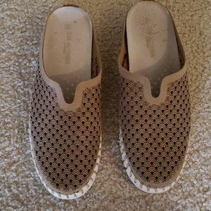Ilse Jacobsen Tulip Slides Tan Mules Slip On Shoes